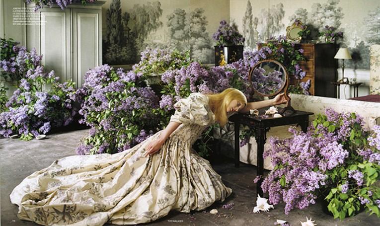 UK Vogue, August 2006-Guinevere van Seenus _Tim-Walker